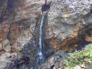 canyon walking in crete 8385