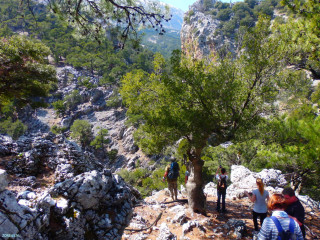 01-GPS-hiking-in-Crete-Greece