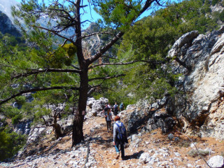04-GPS-hiking-in-Crete-Greece