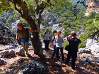 GPS-hiking-in-Crete-Greece-e4