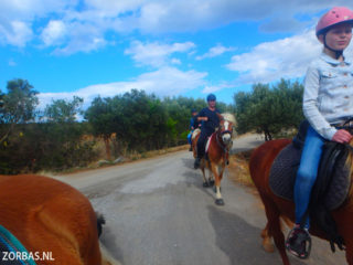 pony-camp-on-Crete-greece