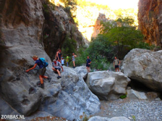 walking-holidays-in-the-summer-on-Crete-Greece